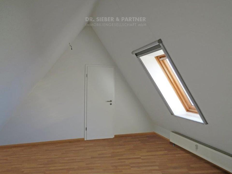 2 Ebene Zimmer 1