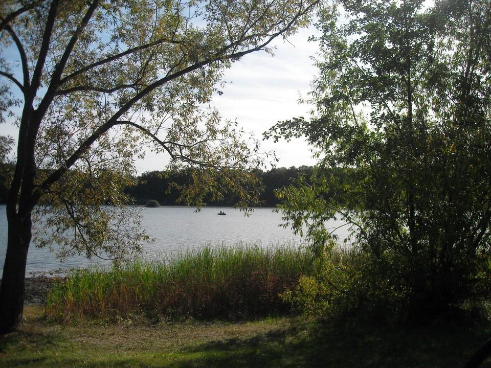 Zu Fuß an den See!