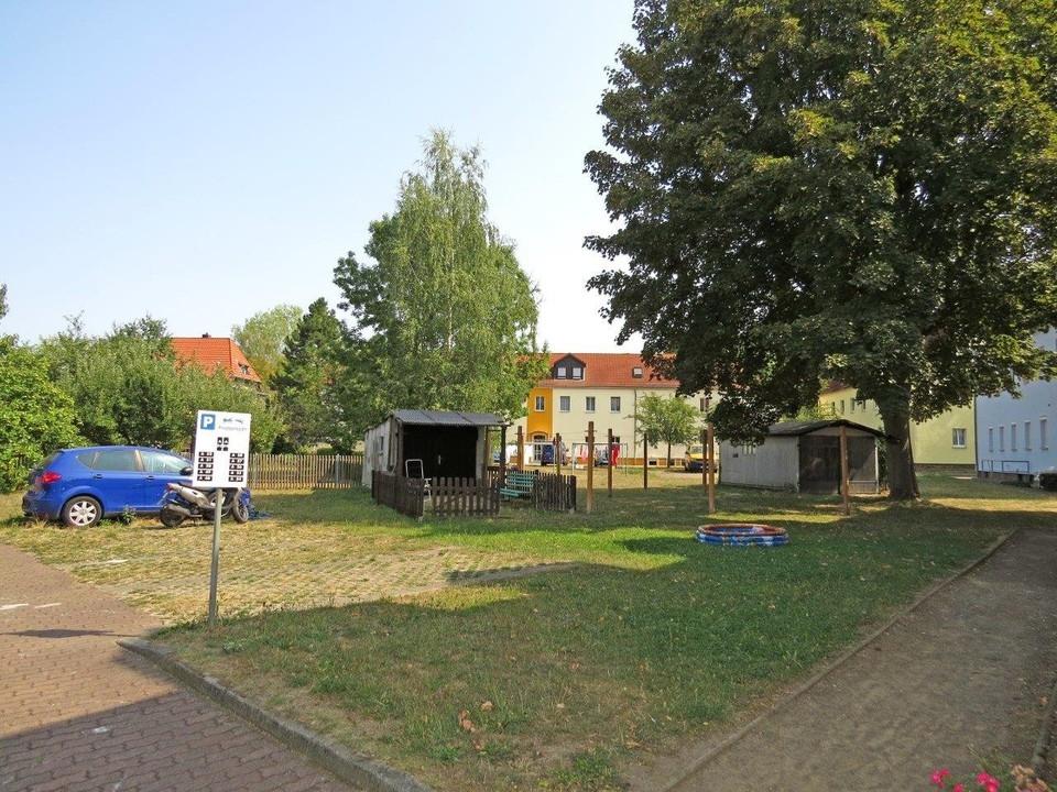 Innenhof mit Wiese