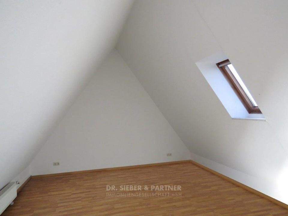 2 Ebene Zimmer 2