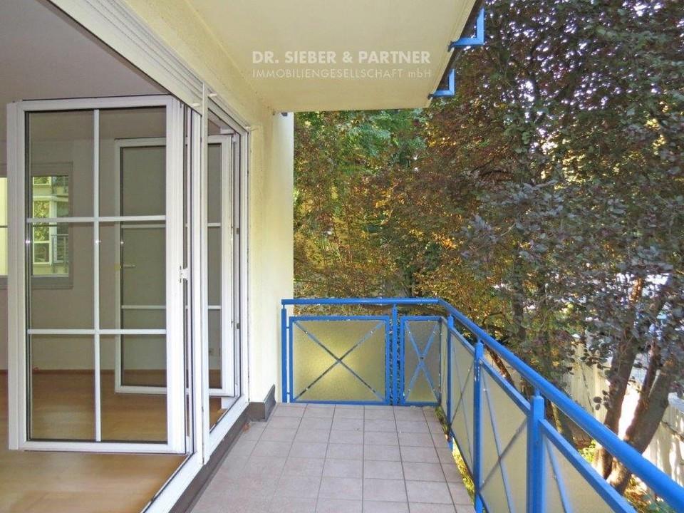 Balkon zum Park
