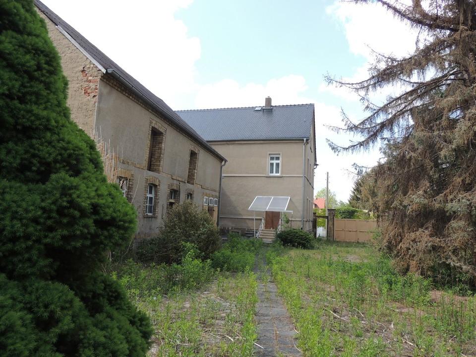 Nebengebäude 1