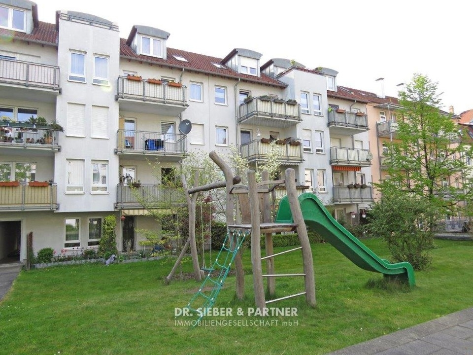 Grüner Innenhof